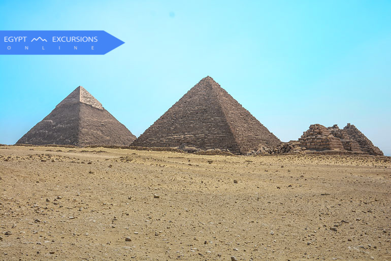 Giza Pyramids and Egyptian Museum Full Day Tour