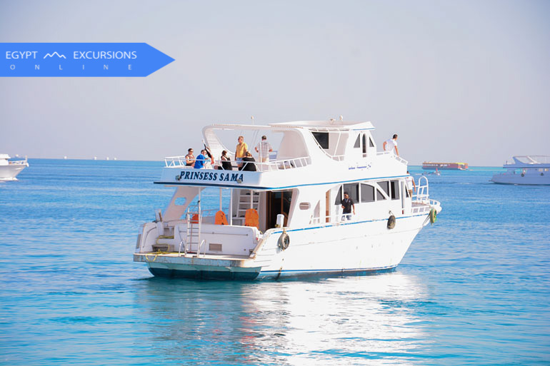 Dahab Daily Glass boat excursion