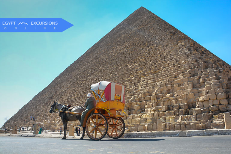 One day Cairo tour by flight from Makadi Bay