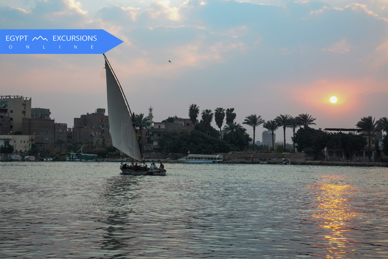 Cairo Tour by flight from Soma Bay